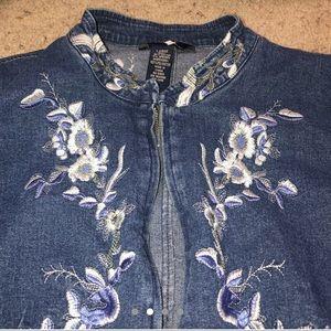 Jackets & Coats - Vintage jean jacket
